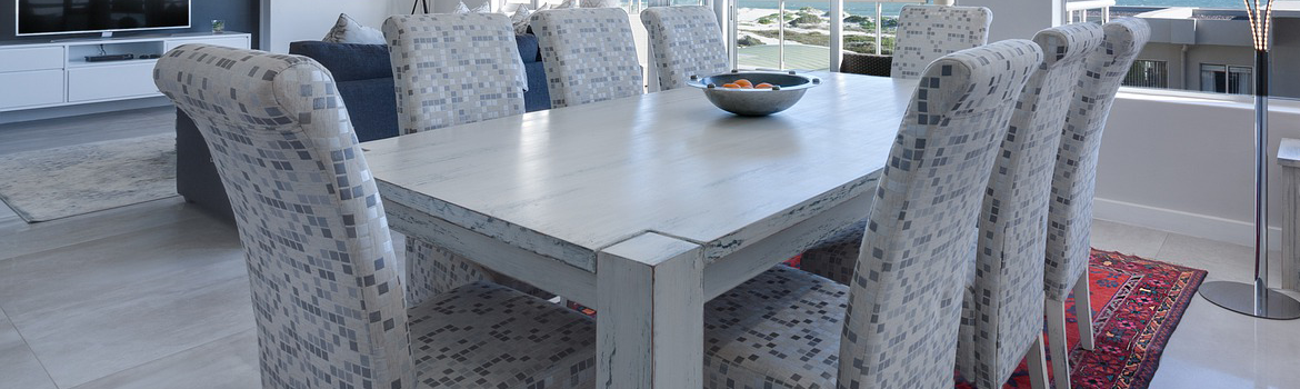 Dining Table With A Modern Touch
